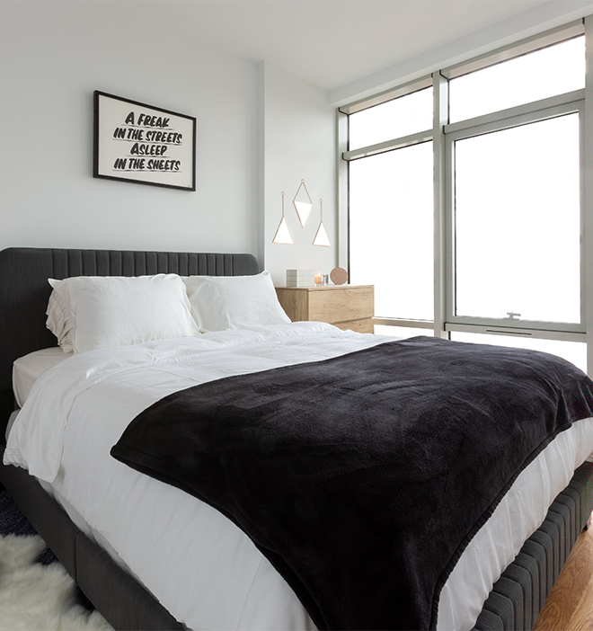 OTTO Greenpoint Luxury Apartments Bedroom